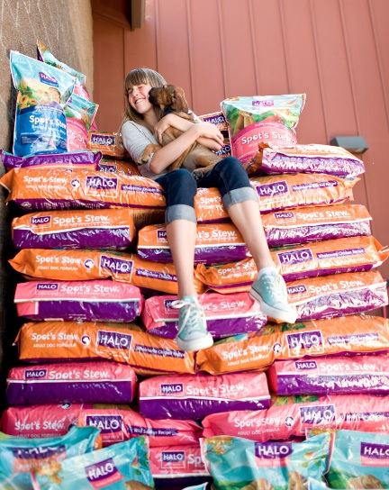 Freekibble Founder Mimi Ausland at a kibble drop in the early days.